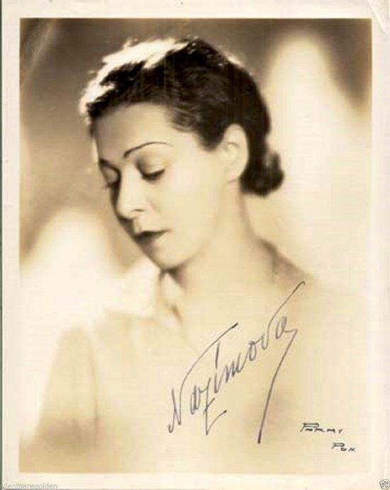 """1931: Alla Nazimova on Broadway in """"Mourning Becomes Electra"""""""