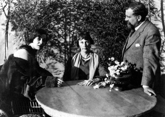 "1919: Alla Nazimova and director Albert Capellani flank Edith Wherry, author of ""The Red Lantern"""