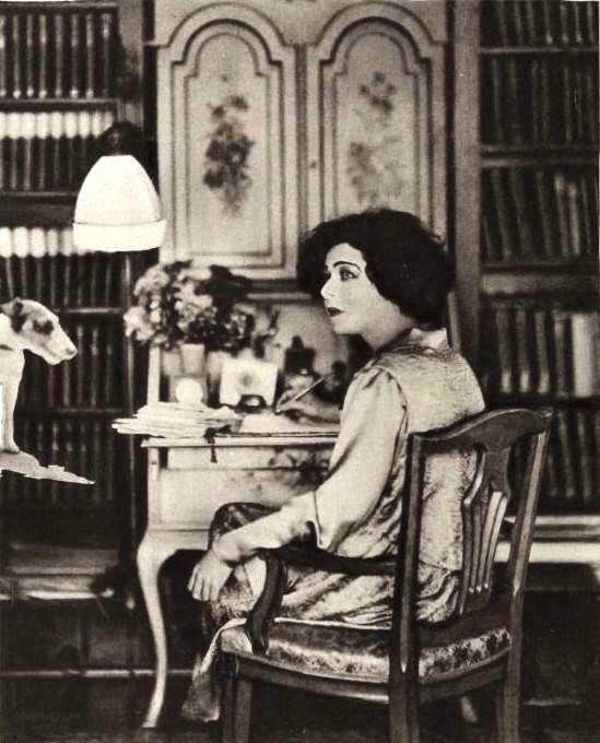 Alla Nazimova at home, 1921