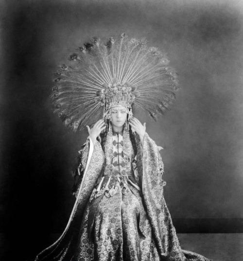 """Alla Nazimova in """"The Red Lantern"""" (1919)"""