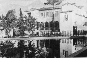 Garden of Allah hotel - looking back toward the main building from across the pool
