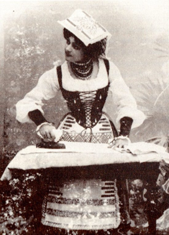 Nazimova as Zaza on her first tour with Orlenev's company, 1901