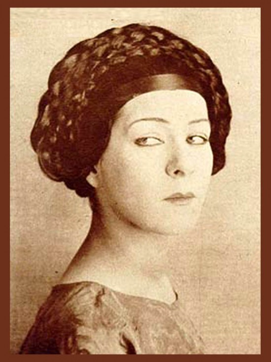 Alla Nazimova portrait looking sideways