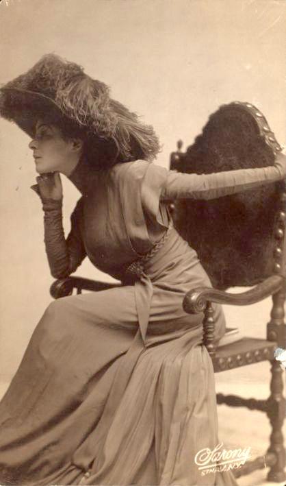 Portrait of Alla Nazimova by Napoleon Savony, circa 1900s