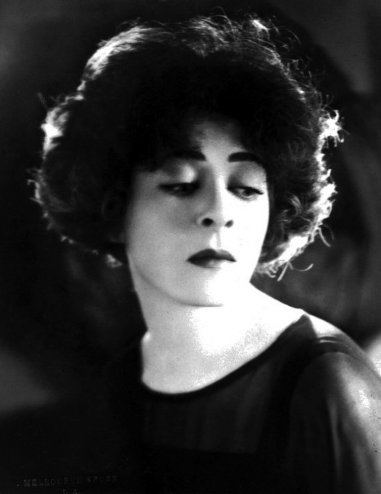 alla nazimova eyes down