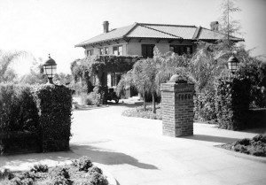 "The original house--called ""Havenhurst""--which eventually became the Garden of Allah Hotel"