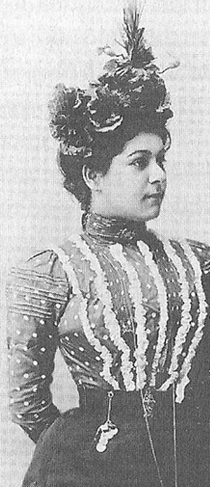 Alla Nazimova in 1899