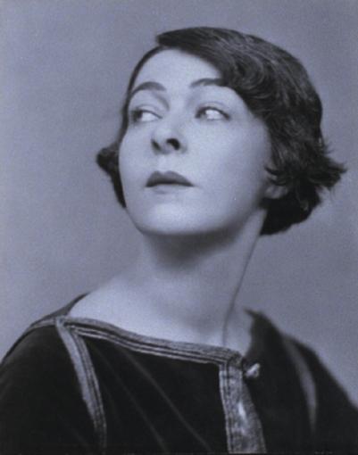 1910 publicity shot, 4 of 6