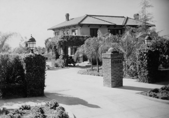 The Hayvenhurst, estate as it appeared not long after Alla Nazimova acquired it in 1918 and renamed  the Garden of Alla
